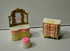 VINTAGE DOLLHOUSE PLASTIC BEDROOM FURNITURE BLUE BOX HONG KONG PINK & WHITE