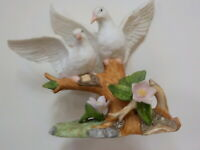 "Lefton China hand-painted seagulls 1991 ""Nest Egg Collection"" No. 00377"