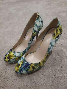 Karen Millen Ladies Shoes Size 7 Blues & Yellow Pattern