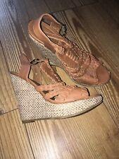 Ladies Size 4 Tan Wedges/heels