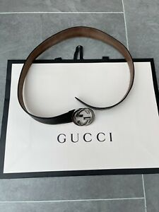 Gucci Signature leather belt Size 90