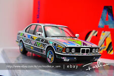 Minichamps 1:18 1995 BMW 525i  Esther Mahlangu art car