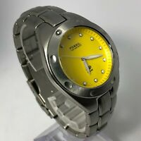 Fossil Blue Mens AM-3317 Yellow Dial Stainless Steel Quartz Analog Wristwatch
