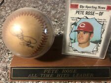 Pete Rose Autograph Baseball w/sporting news baseball card Sports Collector