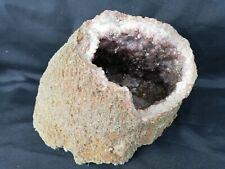 Géode D Amethyste/pierre semi précieuse/minéraux /Amethyst Geode