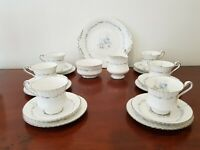 A Pretty 21 Piece Boxed Set Vintage Paragon China Morning Rose Tea Set Cups etc
