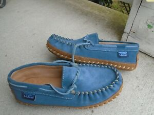 LL Bean Womens blue suede Slippers Moccasins Size 8