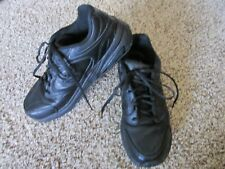 New Balance 927 Black Leather Walking Shoes Sneakers women 9 B