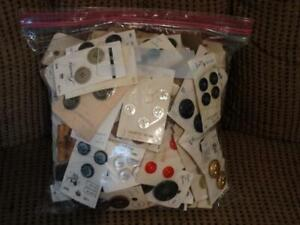 HUGE LOT ALMOST 2 POUNDS VINTAGE CARDS BUTTONS