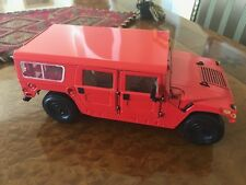 Exoto AM General HUMMER Wagon / Unique First Shot / 1:18 / Item # TDT01803FS