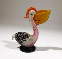 HAND BLOWN ART GLASS BIRD PELICAN FIGURINE with Fish in mouth PAPERWEIGHT