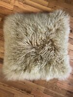 Mongolian Sheepskin Real Wool Cushion Genuine Long Fur Pillow In Gold