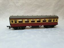 TRIANG PASSENGER COACH No: M70701. OO GAUGE