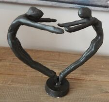 CAST IRON COUPLE LOVERS IN SHAPE OF A HEART ORNAMENT DECORATIVE