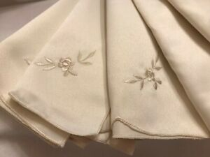 Dinner Table Napkins Kitchen Cloth Ivory 8 lot Pack Embroidered Flowers 16x16