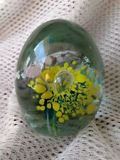 Flower Paperweight with Controlled Bubbles Vintage!!