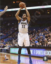 KARL-ANTHONY TOWNS 2015-2016 MINNESOTA TIMBERWOLVES 8X10 ACTION PHOTO