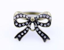Estilo vintage con aberturas aleación cristal anillo de arco