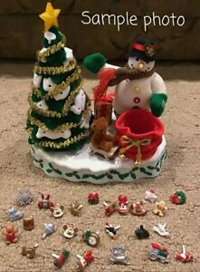 2000 AVON A WONDERFUL COUNTDOWN TO CHRISTMAS ADVENT TALKING SNOWMAN LIGHTED TREE