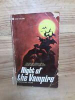 Raymond Giles - Night of the Vampire 1969 Avon Gothic Horror 1st printing