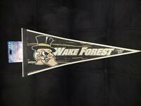 NWT VINTAGE WAKE FOREST DEMON DEACONS LOGO PENNANT 12X30 Wincraft Made In 🇺🇲