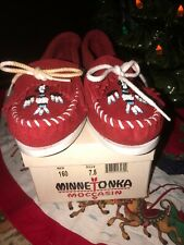 MINNETONKA Size 7.5 Red Suede Leather Moccasins W/ Beaded Thunderbird Shoes