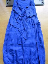 NEW LOOK SLEEVELESS BLUE TOP SIZE 8 PRETTY NECK LINE