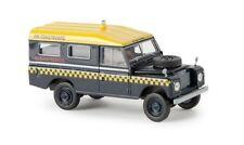 Brekina 13767 - 1/87 Land Rover 109 (Geschlossen) - Hm Coastguard - Neu
