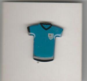 Pin metaal / metal - Voetbal / Footbal Shirt - Uruguay