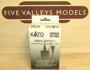 060521/07 Kato 22-082 12 Volt Power Supply