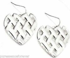 AVON heart-shaped tessuti Orecchini (Nuovo / BOXED)