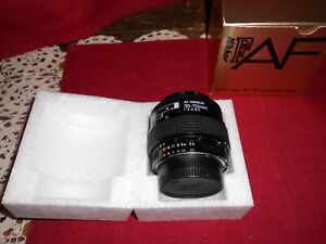NIKON AF ~NIKKOR 35 ZOOM ~ 70mm f/3.3 -f/4.5  LENS!   A+ COND!   BUY IT NOW!