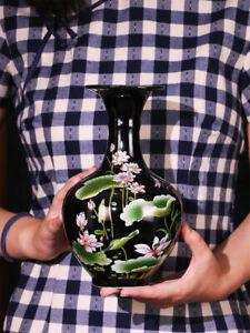 New Sharply Glaze Black Ceramic Vase Lotus Pattern For Modern Home Sitting Room