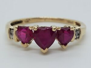 10k Yellow Gold 3 Created Ruby Heart Band 2 Natural Diamond Size 7 Ring Estate