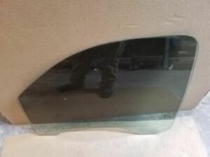 Front Left Driver Door Window Glass | Fits 1999-2007 GMC Sierra 1500