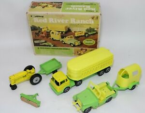 Vintage Diecast Hubley Red River Ranch 8 Piece Metal Toy Set with Box