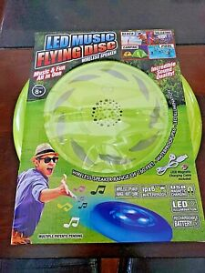 LED Music Flying Disc Wireless Speaker Waterproof Green Bluetooth Frisbee NEW