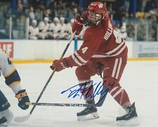 DYLAN HOLLOWAY SIGNED WISCONSIN BADGERS 8X10 PHOTO