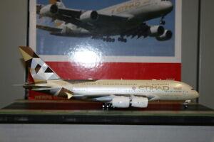 Herpa Wings 1:200 Etihad Airbus A380-800 A6-APB 557092-001 Die-Cast Model Plane