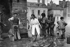 WW2 -  Sainte-Marie-du-Mont - Approvisionnement à la fontaine le 6 juin 1944