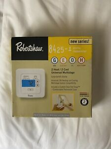 Robertshaw 8425-1 Digital Thermostat for Gas; Electric; Oil; Heat Pump NIB
