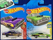 Hot Wheels - Lot of 2 - '68 Dodge DART - Flames - Mopar - C182