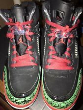 Jordan SPIZIKE 2017 Black/Varsity Red/ Green  Size 9.5