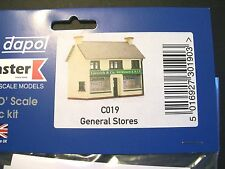 Dapol C019 General Stores 00 Gauge Plastic Kit Railway Accessories