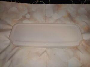 Eljer toilet lid. (7875)  white