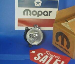 1 New Original Mopar Front Fog Lamp LIGHT DODGE JEEP Wrangler Charger 300 PT L/R