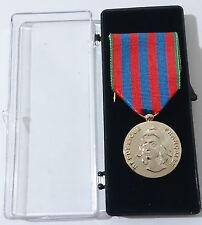MÉDAILLE COMMÉMORATIVE FRANÇAISE      - Armée Française -
