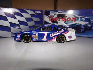 1/24 JEFF GORDON #1 CAROLINA FORD DEALERS  1991  ACTION NASCAR DIECAST