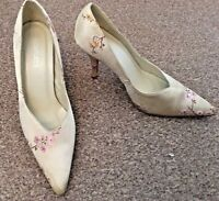 Barrats Yellow/Gold Satin Pink Floral High Heeled Shoes Pointed Toe Size 5 SB10
