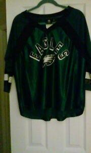 GIII NFL Philadelphia Eagles Blitz 3/4 Sleeve Women's Mesh Sample Tee- Size S